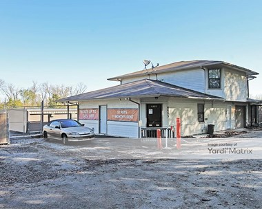 Storage Units for Rent available at 6855 Hedge Lane Terrace, Shawnee, KS 66226 Photo Gallery 1