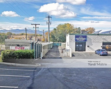 Storage Units for Rent available at 4700 South Highland Drive, Holladay, UT 84117 Photo Gallery 1