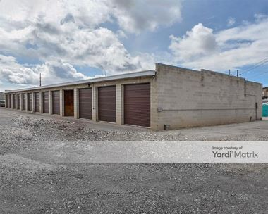 Storage Units for Rent available at 1250 West 200 North, Centerville, UT 84014 Photo Gallery 1
