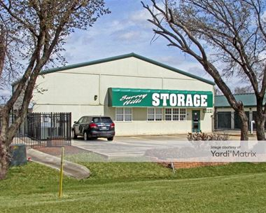 Storage Units for Rent available at 11301 Northwest Expwy, Yukon, OK 73099 Photo Gallery 1