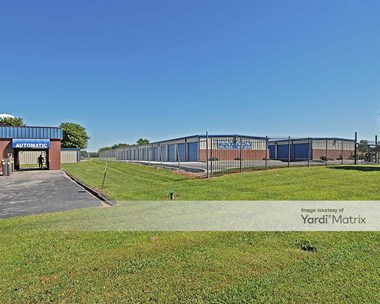 Storage Units for Rent available at 536 Hunter Lane, Lone Jack, MO 64070 Photo Gallery 1
