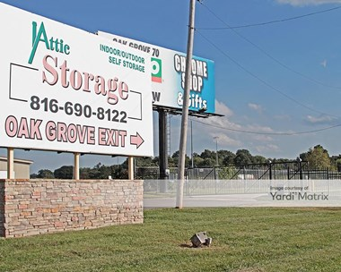 Storage Units for Rent available at 601 SW 1st Street, Oak Grove, MO 64075 Photo Gallery 1