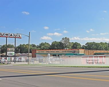 Storage Units for Rent available at 305 East 24 Highway, Independence, MO 64050 Photo Gallery 1