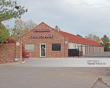 Storage Units for Rent available at 3707 West 6Th Street, Lawrence, KS 66049 Photo Gallery 1