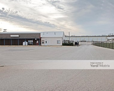 Storage Units for Rent available at 1423 East 900 Road, Lawrence, KS 66049 Photo Gallery 1