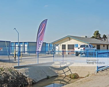 Storage Units for Rent available at 3425 South Highland Avenue, Selma, CA 93662 Photo Gallery 1