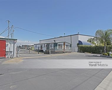 Storage Units for Rent available at 1130 North Plaza Drive, Visalia, CA 93291 Photo Gallery 1