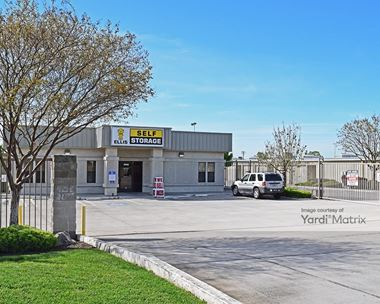 Storage Units for Rent available at 3650 West Taylor Road, Turlock, CA 95380 Photo Gallery 1