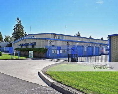 Storage Units for Rent available at 2972 West Swain Road, Stockton, CA 95219 Photo Gallery 1