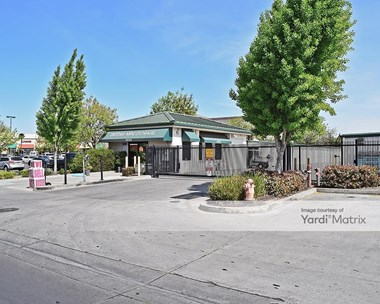 Storage Units for Rent available at 2925 Snyder Avenue, Modesto, CA 95356 Photo Gallery 1