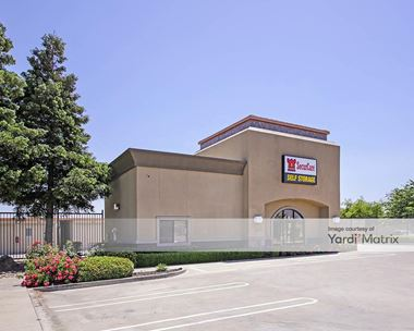 Storage Units for Rent available at 2118 East Dr. Martin Luther King Jr. Blvd, Stockton, CA 95205 Photo Gallery 1