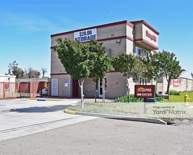 Storage Units for Rent available at 2660 Turnpike Road, Stockton, CA 95206 Photo Gallery 1