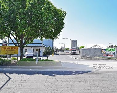 Storage Units for Rent available at 1934 Kinser Road, Ceres, CA 95307 Photo Gallery 1