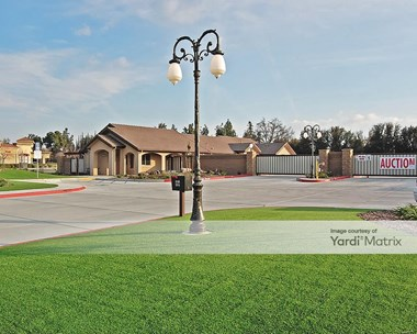 Storage Units for Rent available at 3705 West Connelly Avenue, Visalia, CA 93291 Photo Gallery 1