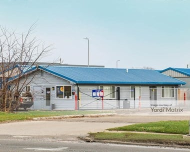Storage Units for Rent available at 13450 Merriman Road, Livonia, MI 48150 Photo Gallery 1