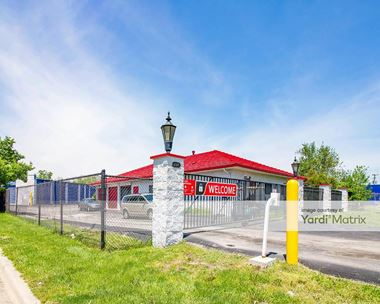 Storage Units for Rent available at 20979 Groesbeck Hwy, Warren, MI 48089 Photo Gallery 1
