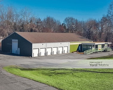 Storage Units for Rent available at 9650 Dixie Hwy, Clarkston, MI 48348 Photo Gallery 1