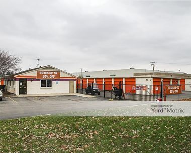 Storage Units for Rent available at 35800 Mound Road, Sterling Heights, MI 48310 Photo Gallery 1
