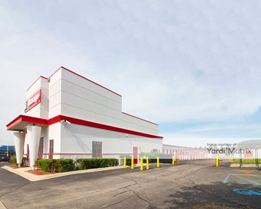 Storage Units for Rent available at 44650 Romeo Plank Road, Clinton Township, MI 48038 Photo Gallery 1
