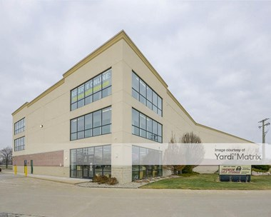 Storage Units for Rent available at 22901 Industrial Drive West, Saint Clair Shores, MI 48080 Photo Gallery 1