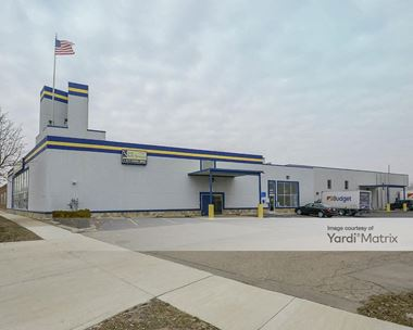 Storage Units for Rent available at 20355 East 9 Mile Road, St Clair Shores, MI 48080 Photo Gallery 1