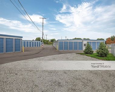 Storage Units for Rent available at 1550 Gratiot Street, Clinton Township, MI 48036 Photo Gallery 1