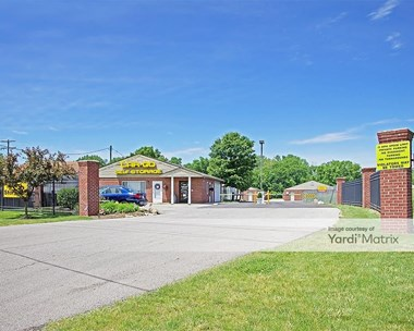 Storage Units for Rent available at 1421 Harrisburg Pike, Columbus, OH 43223 Photo Gallery 1