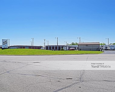 Storage Units for Rent available at 6805 Commerce Court Drive, Blacklick, OH 43004 Photo Gallery 1