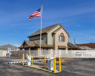 Storage Units for Rent available at 48200 West Road, Wixom, MI 48393 Photo Gallery 1