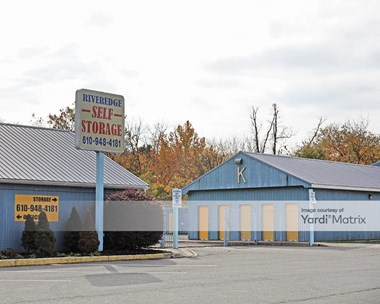 Storage Units for Rent available at 20 Riverside Drive, Spring City, PA 19475 Photo Gallery 1
