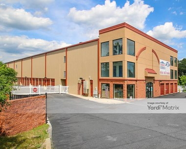 Storage Units for Rent available at 399 Cooper Road, West Berlin, NJ 08091 Photo Gallery 1