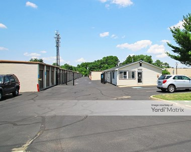 Storage Units for Rent available at 4233 Route 130 South, Beverly, NJ 08010 Photo Gallery 1