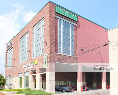 Storage Units for Rent available at 858 Pelham Pkwy, Pelham, NY 10803 Photo Gallery 1
