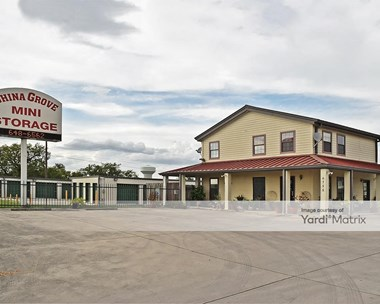 Storage Units for Rent available at 6755 US Highway 87 East, San Antonio, TX 78263 Photo Gallery 1