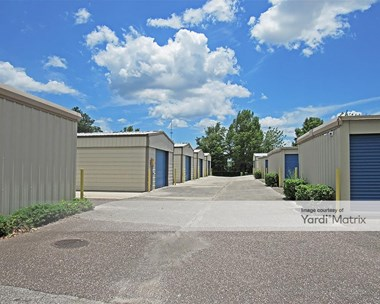 Storage Units for Rent available at 1132 South Main Street, Gainesville, FL 32601 Photo Gallery 1