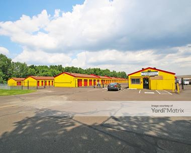 Storage Units for Rent available at 400 Tyburn Road, Fairless Hills, PA 19030 Photo Gallery 1