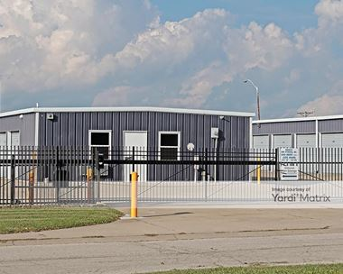 Storage Units for Rent available at 100 NW 4th Street, Oak Grove, MO 64075 Photo Gallery 1