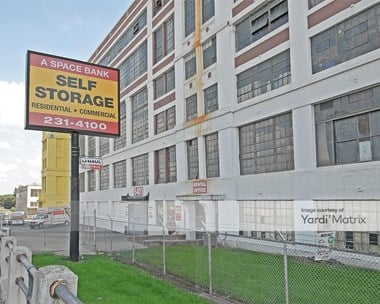 Storage Units for Rent available at 5401 Independence Avenue, Kansas City, MO 64123 Photo Gallery 1