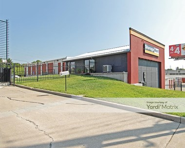 Storage Units for Rent available at 12300 NW Outer Road, Blue Springs, MO 64015 Photo Gallery 1