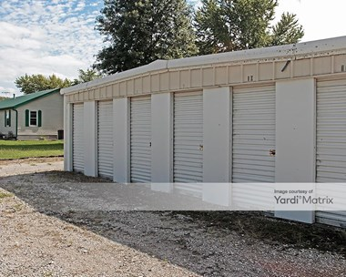 Storage Units for Rent available at 7101 Stewart Road, Pleasant Valley, MO 64068 Photo Gallery 1