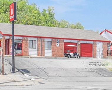 Storage Units for Rent available at 2748 Southwest Blvd, Kansas City, MO 64108 Photo Gallery 1