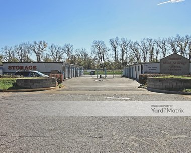 Storage Units for Rent available at 11701 Kaw Drive, Bonner Springs, KS 66012 Photo Gallery 1