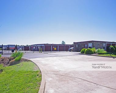Storage Units for Rent available at 2960 Elm Point Industrial Drive, St Charles, MO 63301 Photo Gallery 1