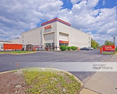 Storage Units for Rent available at 5801 Wilson Avenue, St. Louis, MO 63110 Photo Gallery 1