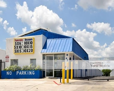 Storage Units for Rent available at 421 North General Mcmullen Drive, San Antonio, TX 78237 Photo Gallery 1