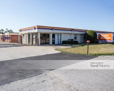 Storage Units for Rent available at 6502 Highway 6 South, Houston, TX 77083 Photo Gallery 1