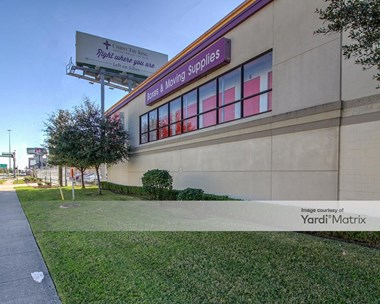 Storage Units for Rent available at 7715 Katy Fwy, Houston, TX 77024 Photo Gallery 1