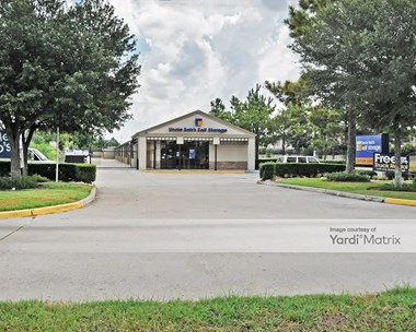 Storage Units for Rent available at 2499 South Mason Road, Katy, TX 77450 Photo Gallery 1
