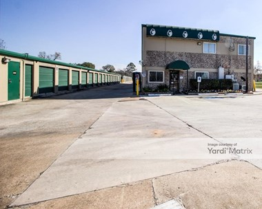 Storage Units for Rent available at 5550 Antoine Drive, Houston, TX 77091 Photo Gallery 1
