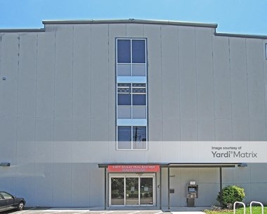 Storage Units for Rent available at 3447 SW 42Nd Avenue, Gainesville, FL 32608 Photo Gallery 1